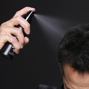 toppik-fiberhold-spray-action